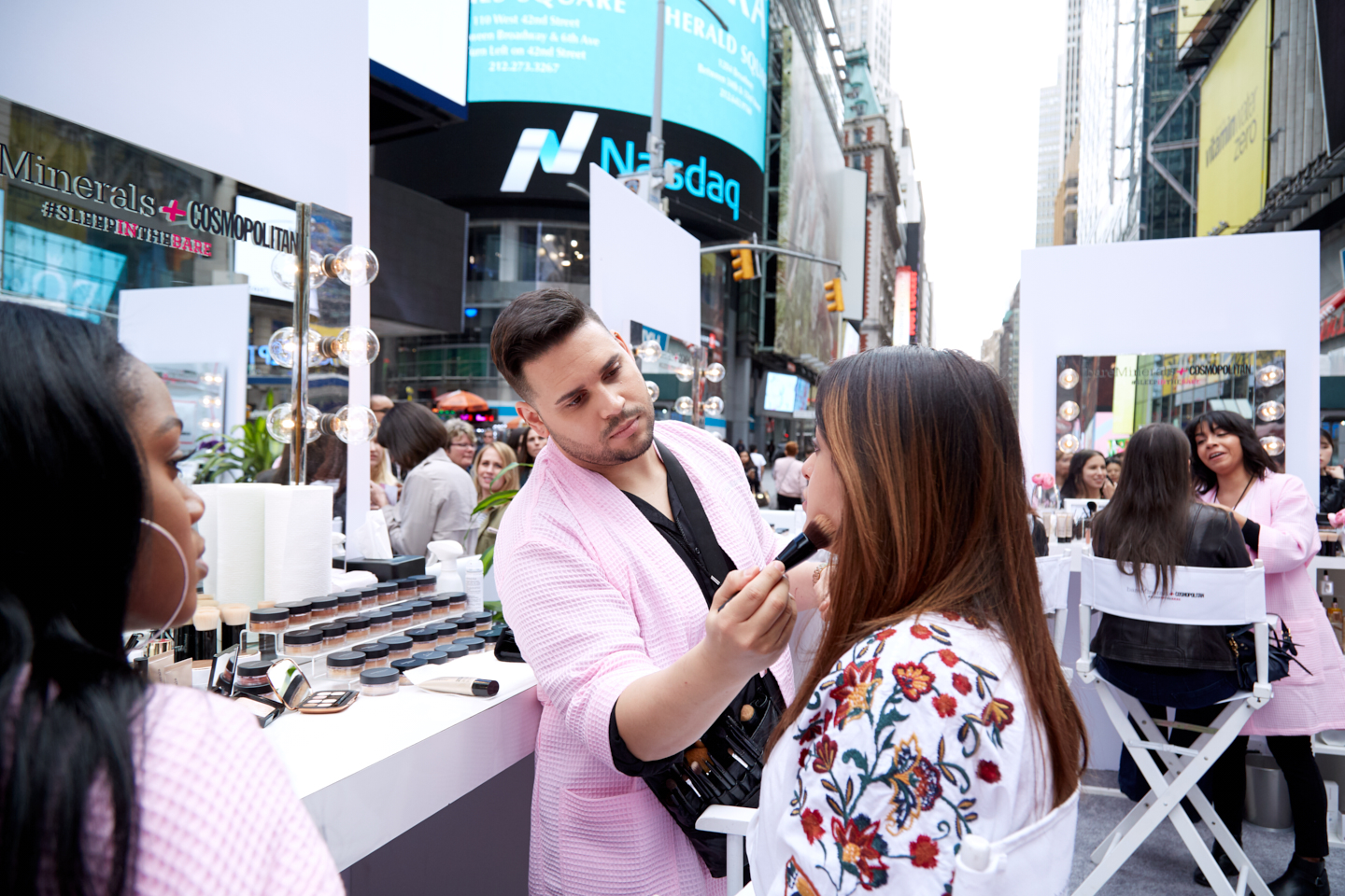 bareMinerals makeovers happened live in Times Square