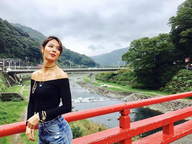 Justine Kurihara for bareMinerals