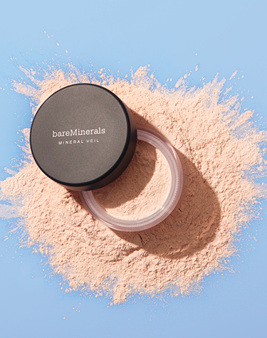 Mineral Veil Finishing Powder on loose powder